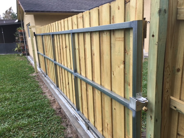 Residential fencing installation in San Francisco California area
